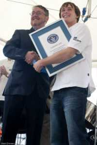 File:mike Perham With The Guinness World Records Certificate with regard to Guinness World Record Certificate Template